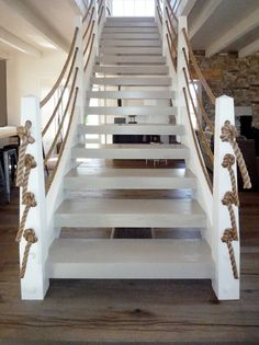Diy Rope decor ideas 2019 Eclectic Staircase by Pursley Dixon Architecture So cool especially for a beach house. < The post Diy Rope decor ideas 2019 appeared first on House ideas. Beach Cottage Style, Coastal Cottage, Coastal Homes, Beach House Decor, Coastal Living, Coastal Decor, Coastal Style, Beach Homes, Nautical Style