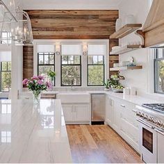 I die every time I see this kitchen from @oldseagrovehomes  from the open shelving, and the black Windows, to the rustic wall, so much inspiration!