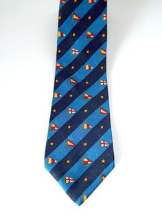 Tommy Hilfiger Classic Style Tie Navy Blue Red Gold Yacht Pennants Flags TH Logo 100% Silk Made in USA