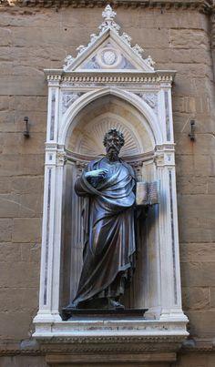 orsanmichele. Святой Матфей. 1423  Лоренцо Гиберти.