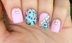 Hermosas uñas con flores y accesorios - Nail Art Tutorial Vintage Floral Nail Art Diy, Diy Nails, Manicure, Simple Nail Designs, Nail Art Designs, Bella Nails, Secret Nails, Nail Art Brushes, Flower Nail Art