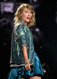 July 10 - East Rutherford, New Jersey - 086 - Taylor Swift Web Photo Gallery | Your online source for Taylor Swift pictures