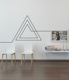 Masking tape 12 ideas for decorating a white wall Masking tape 12 id es pour d corer un mur blanc A design concept for less than 4 euros Masking Tape Wall, Tape Wall Art, Tape Art, Diy Wand, Diy Wall Decor, Room Decor, Wall Decorations, Geometric Wall Paint, Diy Wall Painting