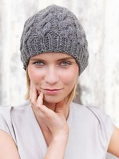 This FREE knitting pattern is the perfect introduction to cables.