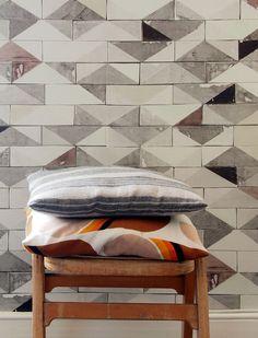 Smink Things Going Overground Tile Wallpaper