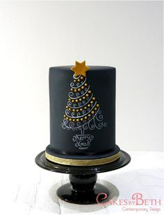 Love this unusual cake - For all your cake decorating supplies, please visit craftcompany.co.uk