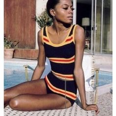 That swimsuit though #DianaRoss