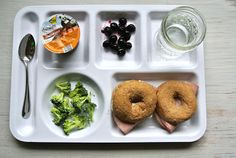 Great for the kiddos! Dairy-Free Kid Lunch Tray ~ Meat, Bagel, Cream Cheese Sandwiches via @Milk Allergy Mom