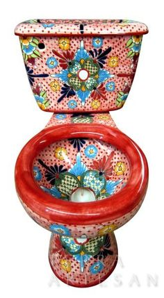 Brand new bath decor furnishings from Mexico . You have a choice of purchasing talavera toilet alone or combining it with talavera sink and bathroom accessory set, whatever is needed to finish your Mexican talavera bathroom project. Toilet Art, Spanish Bathroom, Muebles Art Deco, Talavera Pottery, Arte Popular, Bathroom Accessories Sets, Bath Decor, Spanish Style, Decoration