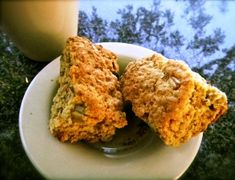 Stien Rust Karringmelkbeskuit (Ma Joyce) 3 pakke SR meel kg) koppie suiker 3 eiers 500 gr smeer 1 teelepel koeksoda 1 tee. Light Recipes, My Recipes, Cooking Recipes, Favorite Recipes, Bread Recipes, Recipies, South African Dishes, South African Recipes, Kos