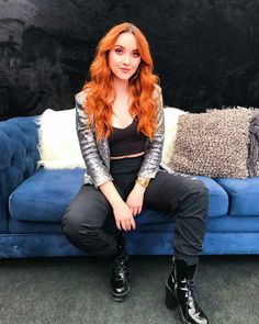 Red Leather, Leather Jacket, Punk, Hair, Jackets, Iphone Wallpaper, Victoria, Style, Fashion