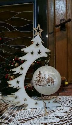 love the ornament holder....where do we find it?