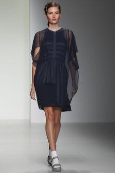 Bora Aksu  #LFW #Fashion #RTW #SS14 http://nwf.sh/1gaoYlz