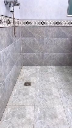 Inspect over here walk in shower ideas Bathroom Plans, Bathroom Interior, Bathrooms Remodel, Bathroom Makeover, Bathroom Design Small, Tile Bathroom, Master Bathroom Shower, Bathroom Renovations, Small Apartment Bathroom