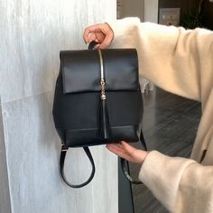 Womens Shoulder bags – High Fashion For Women Laptop Bag For Women, Backpack For Teens, Small Backpack, Laptop Backpack, Black Backpack, Handbags For Men, Mk Handbags, Style Fashion, 1930s Fashion