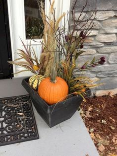 fall decor ideas Fall Outdoor Floral Arrangement from Our Hobby House - Autumn on the porch Fall Outdoor Floral Arrangement from Our Hobby House - Autumn on the porch Autumn Decorating, Porch Decorating, Decorating Ideas, Deco Haloween, Fall Floral Arrangements, Adornos Halloween, Fall Planters, Fall Home Decor, Thanksgiving Decorations