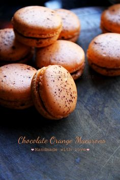 3 macaron recipes: chocolate and orange macarons / lemon and blueberry macarons / green tea and pomegranate macarons