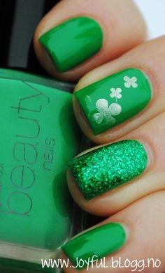 St. Patricks Day nail idea