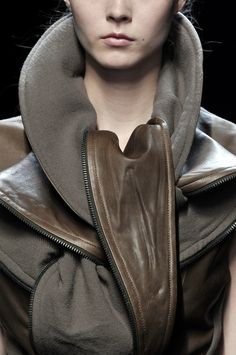 Jacket with contrasting fabrics & sculptural collar; fashion details // Haider Ackermann Fall 2010