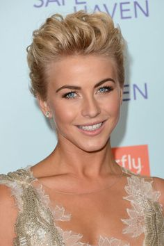 Copy Julianna Hough's Beautifully Natural Makeup