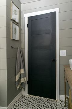 Photo: Courtesy jennasuedesign.com   thisoldhouse.com   from Blogger Before and After: From '70s to Showstopper