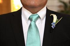 groomsmen tie + boutonniere