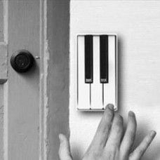 The Piano Door Bell lets your guests tickle the ivories with a new tune every time they come over. The piano doorbell is a concept that was designed by a Chinese designer named Jianye Li. Touches De Piano, Objet Deco Design, Moderne Pools, Take My Money, Cool Inventions, Design Case, Humble Abode, Cool Gadgets, My Dream Home