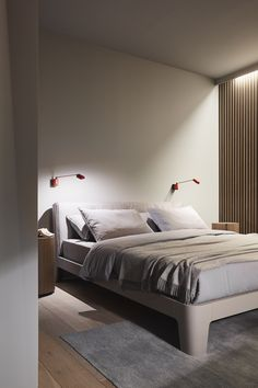 WINGER bed - Meridiani - salone del mobile 2015 - design and art direction Andrea Parisio