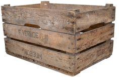 Old crate by http://vonliving.nl/     http://www.vonliving.nl/Webwinkel-Product-18016255/Veilingkist.html