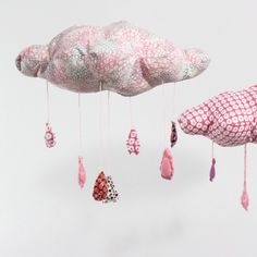 Super cute baby mobile. Would make great baby shower presents.