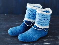 Beautiful crocheted and felted slippers, instructions in Finnish only. Sock Crafts, Diy And Crafts, Arts And Crafts, Halcyon Days, Art And Craft Design, Felted Slippers, Diy Crochet, Sock Shoes, Knitting Patterns