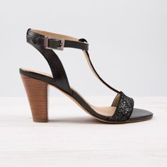 9d146a6bce17 Heeled Sandals noir - L Élancée - Bobbies