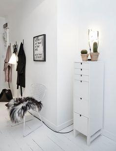 scandinavische-interieurs-wit-appartement-hal-2