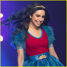 """Sofia Carson - Rotten to the Core (From """"Descendants: Wicked World"""") - Bing Images Descendants Wicked World, Evie Descendants, Disney Channel Descendants, Descendants Pictures, Evie Costume, Princess Academy, Kenny Ortega, Sophia Carson, Mal And Evie"""