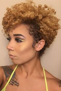 Prepare To Be Obsessed With These Short Natural Hairstyles Frisuren-Ideen für kurzes Naturhaar - 21 Short Curly Hair, Short Hair Cuts, Curly Hair Styles, Pixie Cuts, Choppy Hair, Long Hair, Short Afro, Natural Hair Cuts, Haircuts For Natural Hair