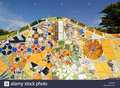Download this stock image: Mosaic serpent bench, Park Guell, architect Antoni Gaudi, UNESCO World Heritage Site Park Guell, Catalan modernista architecture, Art Nouveau, Barcelona, Catalonia, Spain - egdp0k from Alamy's library of millions of high resolution stock photos, illustrations and vectors.
