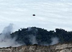 """Turista asegura que tomó fotos de """"ovni"""" en el volcán Irazú"""