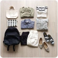 最低限の服で上手に着まわす「私服の制服化」。ミニマリストの「モノを持たない暮らし」から派生したファッションスタイルで、シンプルライフを目指す方たちからも注目を集めています。