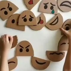 Paper Crafts for Kids Easy - Kids Arts And Crafts Toddler Learning Activities, Montessori Activities, Infant Activities, Preschool Crafts, Preschool Activities, Activities For 3 Year Olds, Emotions Preschool, Social Emotional Activities, Emotions Activities