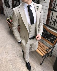 Guidelines so that you can Try to improve Your understanding of mens suits Dress Suits For Men, Mens Suits, Men Dress, Cool Outfits For Men, Stylish Mens Outfits, Wedding Dresses Men Indian, Wedding Suits, Mens Fashion Blazer, Suit Fashion