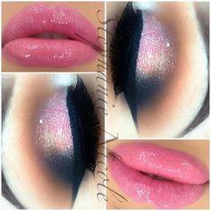 Super beautiful make up. I love the eyes, not so much the lips Makeup Goals, Makeup Inspo, Makeup Art, Lip Makeup, Makeup Inspiration, Makeup Tips, Beauty Makeup, Mummy Makeup, Makeup Ideas