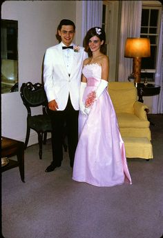 Prom in the Prom Photos, Prom Pictures, 60s Vintage Clothing, Vintage Outfits, Vintage Prom, Vintage Girls, Prom Outfits, Prom Dresses, 1960s Fashion