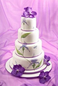 Green and Purple Wedding Cakes | Torte nuziali: le creazioni Little Venice Cake Company