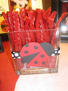 I want to do candies in jar like this. The ladybugs are super easy to make!