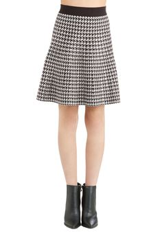 Admirable Honoree Skirt. Receiving an award for your academic achievements, you look chic and smart as you make a short speech in this houndstooth skirt.  #modcloth