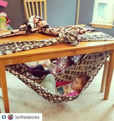Chair for toddler. Super fun fort idea for kids. Under table swing for toddler. Reading nook for toddler. Cute, easy and free! Simply secure a blanket to your dining table and climb in! Toddler Fun, Toddler Activities, Indoor Activities For Kids, Toddler Toys, Fun Activities, Diy For Kids, Cool Kids, Diy Toys, Sleepover