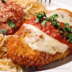 italian recipes The only recipe Ill use for Chicken Parmesan! You get a perfectly golden brown crisp crust, tender juicy chicken and its finished with plenty of cheese and a simple homemade marinara sauce. You wont want to lose this recipe! Pinterest Chicken Recipes, Chicken Recipes Video, Chicken Parmesan Recipes, Recipe Chicken, Parmesan Crusted Chicken, Parmasean Chicken, Simple Chicken Recipes, Chicken And Cheese Recipes, Chicken Recepies