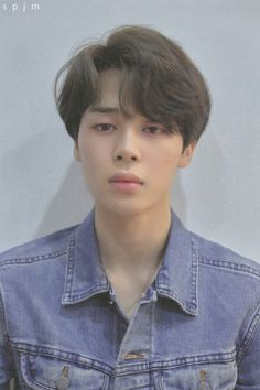 Find images and videos about kpop, bts and jimin on We Heart It - the app to get lost in what you love. Park Ji Min, Bts Boys, Bts Bangtan Boy, Bts Jimin, Foto Bts, Jimi Bts, Kpop, Love Yourself 轉 Tear, Saranghae