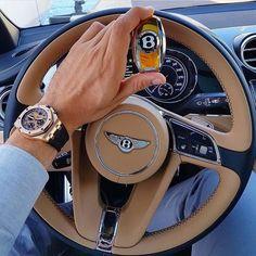 Awesome!  Audemars Piguet x Bentley Bentayga! Love the gold key  Photo by @gmk001 Via @dailywatch