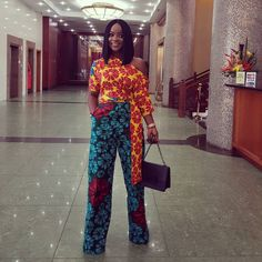 A collection of the best and Latest Casual African Ankara Styles. These casual ankara styles and casual ankara designs were specifically selected for your taste of casual ankara styles African Print Jumpsuit, Ankara Jumpsuit, African Attire, African Dress, African Tops, African Style, Beautiful Ankara Styles, Ankara Designs, African Fashion Ankara